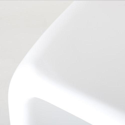 バンビ・ローテーブル 素材